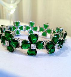 Vintage Emerald Heart and Diamond Estate Jewelry Bracelet by WOWTHATSBEAUTIFUL