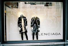 bitter & sweet: BALENCIAGA, window display, Antwerp, Oct 2006