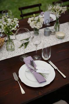 New Dark Wood Table Wedding Place Settings Ideas Wedding Costs, Wedding Reception, Our Wedding, Wedding Bride, Table Wedding, Reception Table, Chic Wedding, Wedding Cake, Wedding Styles
