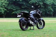 Black Things yamaha fz s black color bike 250cc Motorcycle, Motorcycle Design, Yamaha Fz, Ktm Duke, Dragon Ball Z, Knight, Bike, Vehicles, Color Black