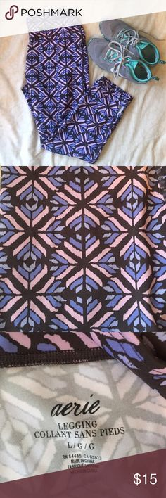 Aerie patterned workout legging!  Awesome patterned legging. Charcoal grey with lavender, light pink, and blue designs. Worn once. 82% polyester, 18% elastane aerie Pants Leggings