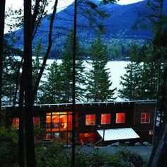 Great ideas for cabins and vacation homes | Flexible two-family getaway: Bedroom | Sunset.com