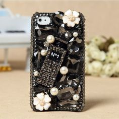 3D iPhone 5 4S 4G 3GS Black Crystals Perfume Bottle Charm jewelled girly Case 3d Iphone Cases, Crystal Perfume Bottles, Bottle Charms, Valentines Gifts For Her, Black Crystals, Iphone Models, Crystal Rhinestone, Girly, Rock Candy