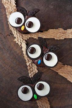 Oreo owl cupcakes- freakin' cute