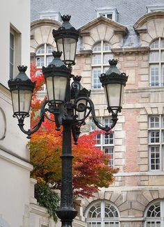 Automne à Paris. Autumn in Paris, Rue Furstenberg, Paris 6e.