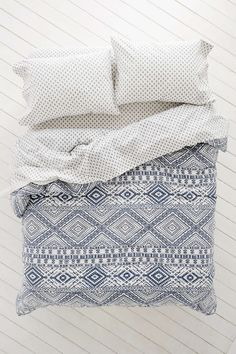 Magical Thinking Skye Geo Bed-In-A-Bag Snooze Set - Urban Outfitters