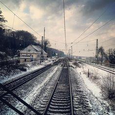 dennis_vw shared on Instagram: Bremen-Osnabrück #bahn #bahnhof #bahnlove #bahnbilder #eisenbahn #eisenbahnfotos #eisenbahnbilder #eisenbahnfieber #railart #railway #railroad #railcolor #rail_barons...