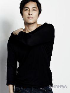 Kim Dongwan