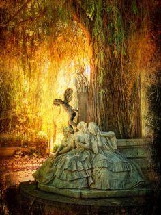 Monumento a Gustavo Adolfo Becquer en Sevilla