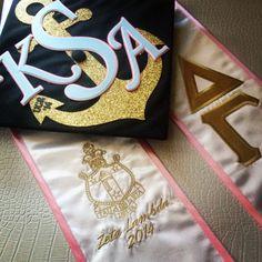 Delta Gamma graduation cap and stole. Sorority monogram and anchor grad cap.