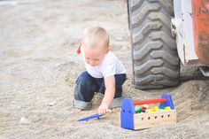 Morceau Photography child photography | boys | construction | tools