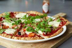 Wát een uitvinding deze gezonde pizzabodem. Echt, ik eet meer pizza's dan voorheen en dat komt doordat ik van deze bodem geen buikpijn krijg. Hij is namelijk glutenvrij :D Kijk wel even goed dat je gl