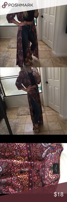 Floor length open kimono Sz small Adorable floor length open kimono with buttons so you can close if you want, and two deep side slits in a nice sustainable fabric so it won't fade or stretch awesome over a dress skirt jeans or shorts very versatile Sz small Romeo & Juliet Couture Tops