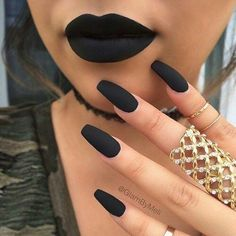 Nails matching the lip color perfection. Love this feeling. #aesthetic #Makeup