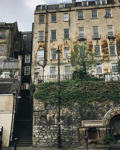 """""""Evening all! • Really love this image from @lauderish of the Artisan quarter of Bath - Walcot…"""" Bath Somerset, Bath Uk, Dry Stone, England, Jane Austen, World Heritage Sites, Beautiful Landscapes, Britain, The Good Place"""