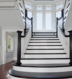 22 Beautiful Traditional Staircase Design Ideas To Must Check - The Architecture Designs Traditional Staircase, British Colonial Style, English Style, Staircase Design, Traditional Design, Second Floor, Pastel Colors, Contemporary, Modern