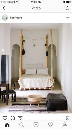 Pom Pom duvet, all white bedding