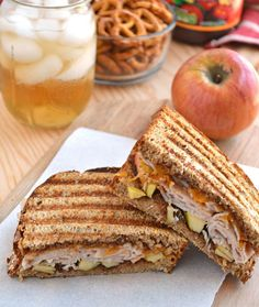 Turkey and Apple Grilled Cheese! Apple Butter, Turkey, and shredded Cheddar Grilled Cheese with fresh apples and sage. Best Sandwich, Soup And Sandwich, Sandwich Recipes, Paninis, I Love Food, Good Food, Yummy Food, Quesadillas, Burritos