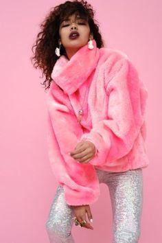 fashion lookbook, pink faux fur, holographic pants, inspiration