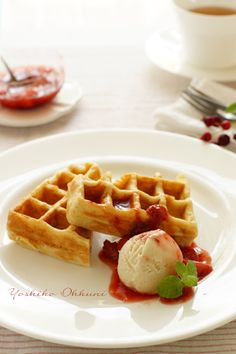 Waffles with strawberry syrup