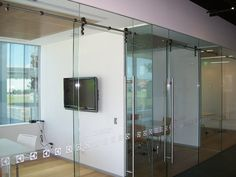 Norwest Glass Gallery | Frameless Glass Installation | Aluminum Windows