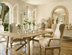 pretty doors, pretty space!  pamela pierce 11-veranda magazine
