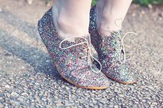 Derbies à paillettes multicolores