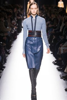 #Farbberatung #Stilberatung #Farbenreich mit www.farben-reich.com See the complete Hermès Fall 2017 Ready-to-Wear collection.
