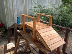 """Hometalk :: Pallet foot bridge roughly 18"""" wide by 40"""" long by 22"""" High I was bore…"""