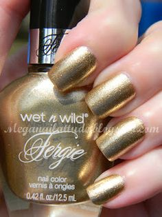 Mega Nailattude: Wet n Wild Fergie: Grammy Gold Swatches and Review