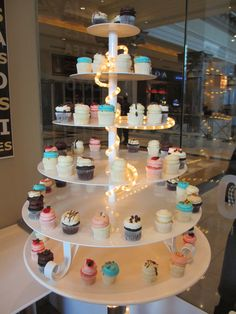 a cup cake shop in Vegas