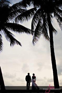 Casa Marina, dusk betweeen the Palms  Photography by Studio Julie