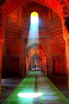 INDIA: Beautiful Ancient Hindu Temple, Uttar Pradesh