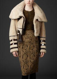 Shearling Aviator by Burberry Winter Coats Women, Coats For Women, Jackets For Women, Clothes For Women, Fur Fashion, Fashion News, Luxury Fashion, Womens Fashion, Parka