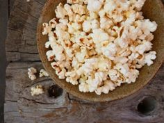 How To Make Popcorn on the Stove Top