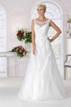 Wedding Dress  Très Chic - SN9023