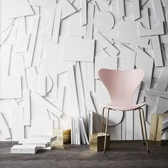 BEELDSTEIL.com Fritz Hansen seven chair anniversary edition . In 2015 the Series 7 chair celebrates its 60 years anniversary with2 limited editions.. #fritzhansen #seven #chair #blue #pink #gold