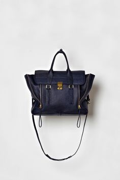 Fab bag. Get the style at getnameless.com <3