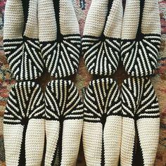 Modern Crochet, Tunisian Crochet, Crochet Slippers, Beautiful Crochet, Digital Pattern, Quilts, Sewing, Detail, Knitting