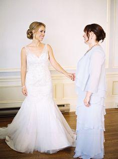 Tendance Robe du mariage 2017/2018  Classic beaded wedding dress: www.stylemepretty