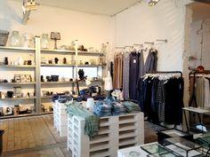 Vandaag lees je alles over de mooie winkel Loft, waar je de mooiste interieuritems, kleding en cadeau artikelen vindt van grote en kleine merken
