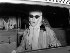 Marilyn in a New York taxi, 1962.
