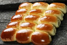 Pao Doce, or Portuguese Sweet Bread. Portuguese Sweet Bread, Portuguese Recipes, Turkish Recipes, Bread Recipes, Baking Recipes, Brazillian Food, Bread Art, Shrimp And Asparagus, Hot Dog Buns