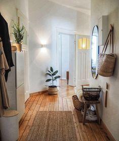 Beautiful Interior Design, Interior Design Inspiration, Home Decor Inspiration, Beautiful Interiors, Townsend Homes, Deco Studio, Hallway Inspiration, Home And Deco, Cozy House