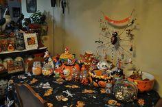 Halloween Cookie Jars & Kitchen decorations