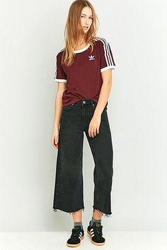 adidas Originals – T-Shirt in Weinrot mit 3-Streifen-Styling