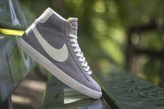"Nike Blazer Mid Premium Vintage ""Wolf Grey"""