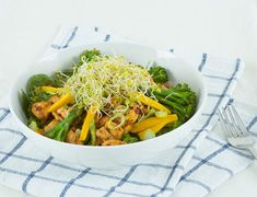 Make your packed lunch the best it can be with this simple salad!