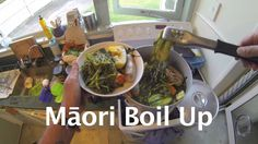 Out gathering free food in New Zealand. Puha and watercress Māori boil up with pork bones and veggies. Healthy Food, Healthy Recipes, Other Recipes, Japchae, Continents, Free Food, Dinners, Veggies, Menu