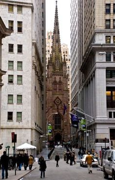 Trinity Church, Manhattan, New York, 10 Feb. New York Street, New York City, Wonderful Places, Beautiful Places, Places To Travel, Places To Visit, New York 2017, New York Poster, Nyc